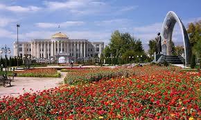 Душанбе с размахом отметил День столицы Таджикистана